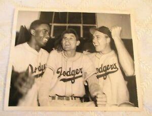 1949-BROOKLYN DODGERS-JACKIE ROBINSON-GIL HODGES-PRESS PHOTO-NY YANKEES