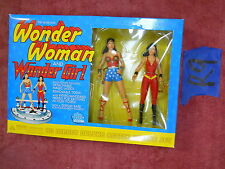 R9_1 DC Direct Lot WONDER WOMAN & GIRL SILVER AGE DELUXE ACTION FIGURE BOX SET