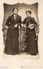 BK604 Carte Photo vintage card RPPC femme mode fashion robe dress guéridon