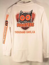 HOOTERS Long Sleeve T-Shirt Men Small Thousand Oaks California