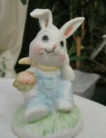 Beautiful Vintage Easter Bunny Hand Painted Ceramic 2 3/4""