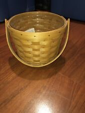 New Listing1995 Longaberger Medium Fruit Basket