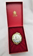 Halcyon Days English enamel trinket box Swimming Swan Holly Christmas 1989 Mib