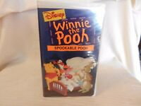 Winnie the Pooh - Spookable Pooh (VHS, 1996) clam shell