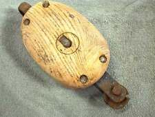 VINTAGE WOOD PULLEY with STEEL WHEEL WOODEN RANCH BARN CABIN PRIMITIVE RUSTIC