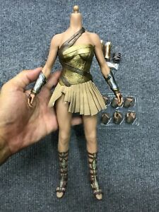 1/6 Hot Toys MMS424 Wonder Woman Gal Gadot Training Body Armor Suit for Figure