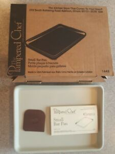 Pampered Chef Small Bar Pan #1448 New In the Box - Family Heritage