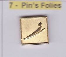Pin's Folies Badge Albertville Olympic winter games 1992 Luge