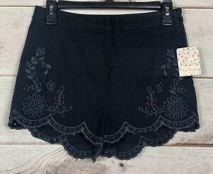 Free People Size 4 Black Linen Blend Shorts Crochet  Bottoms