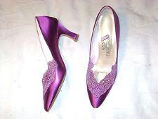 Oleg Cassini fushia satin dressy shoe   Size 5 1/2