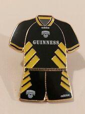Cork City retro jersey pin badge (1993). Ireland