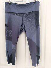 Zumba So Shaded Capri Leggings Size L