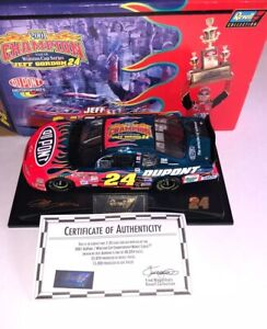 Jeff Gordon 2001 Champion Revell 1:24 Blue Chrome