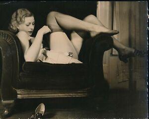 1930s Original Sexy Leg Art Photo Leggy Redhead SILK STOCKINGS vv