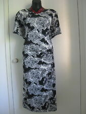 SIZE 20 SMART FLATTERING BLACK FLORAL PAISLEY LOOK PRINT SUMMER DRESS