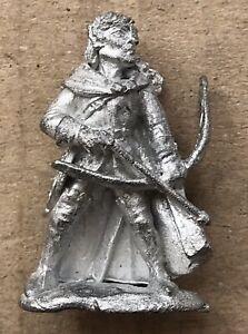 """Vintage Citadel 1980s Fantasy Regiments RR7 """" Oreon Wood Elf Archers Leader """" !"""