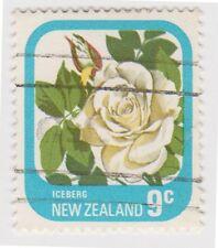 (NZC40) 1975 NZ 9c roses iceberg ow1094