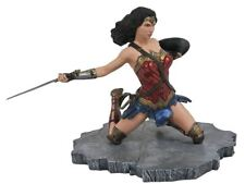 WONDER WOMAN Statue DC Gallery Justice League Diorama by Diamond Select 2018