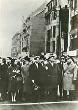 Vintage Press Photo 6x8 Senator Robert Kennedy FriedrichStrasse Checkpoint