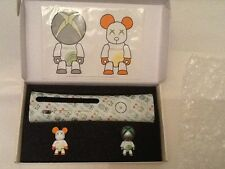 Toy2r LIMITED EDITION Xbox 360 and Xbox Live figures + faceplate