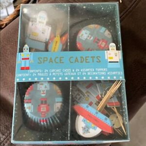 Williams-Sonoma Space Cadets cupcake set NEW