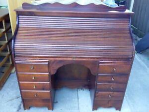 vintage roll top desk- 8 draws