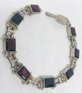 Beautiful Sterling Silver & Garnet Link Bracelet Bezel Set 11gm Vintage Jewelry