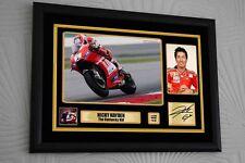 Nicky Hayden A3 1 a 69 Ltd. ed. MOTORE a ciclo incorniciato stampa tela firmata Memorial