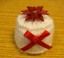 KNITTING PATTERN & WOOL FOR A CHRISTMAS CAKE CHOCOLATE ORANGE COVER  (flower)