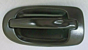Rear Outside Door Handle, Left - GM 10404735