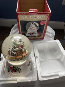 Pfaltzgraff Christmas Heritage Station Musical Snow Globe 247-092-00 W/Box