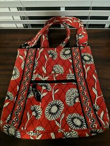Vera Bradley Deco Daisy Hipster Quilted Crossbody Shoulder Bag Retired Red