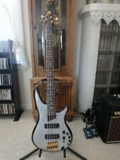 Ibanez SR1405 Premium 5 String Bass Guitar in Glacial White. With Ibanez HSC.