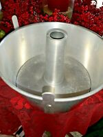 044 Vintage Mirro Aluminum Bundt Fruit Cake Angel Food Betty Crocker Hines Pan