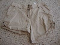 Women's H&M khaki shorts, 6
