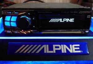 ALPINE CD HEAD UNIT CDA-9855J MP3/WMA/AUX MX 50WA?4 Used confirmed it works