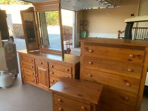 bedroom set pine