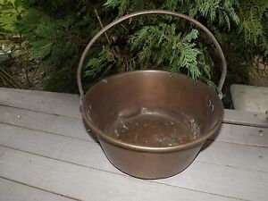 "ANTIQUE BRASS 13"" BUCKET Kettle PAIL CAST IRON HANDLE, Hearth Primitive VERY OLD"