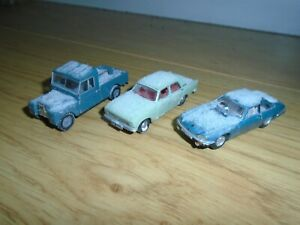 Collection of Oxford Diecast Vehicles with Snow Effect for Hornby OO Gauge Sets