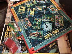 VIntage 1964 JAMES BOND 007 SECRET AGENT Board Game Milton Bradley Complete