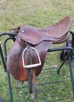 Martin Custom Saddlers, SUPER CUTE 15 inch jump saddle for junior or child