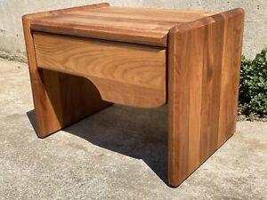 table chevet design Pin PIERRE CHAPO Les Arcs Charlotte Perriand Maison Regain
