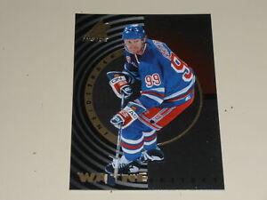 1997-98 Pinnacle Inside Inside Track #1 Wayne Gretzky