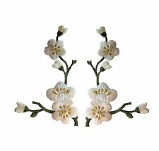 Lot 2Pcs White/Green Quince Sakura Flower Embroidery Iron On Applique Patch/Pair