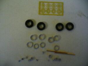 Escala 1//43rd Negro Con Bujes De Rueda Dinky neumáticos por K/&R réplicas