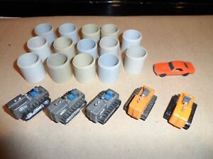 TYCO  HO SCALE  ACCESSO9RIES LOT OF 20 PCS.  PIPES  TRACTORS  CAMARO