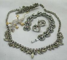 Very Nice Selection Of Vintage Top Quality Stone Set Costume Jewellery