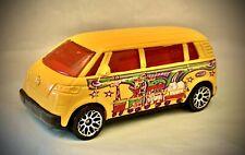 Matchbox 2001 Volkswagen VW Microbus Van CIRCUS - 1:58 Diecast