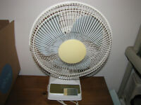 "Vintage Bestron Kuo Horng Model KH-203 3-Speed 12"" Oscillating Desk Fan"
