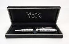 Edler Mark Twain Kugelschreiber in Carbonoptik mit Gravur und dazugehöriger Box